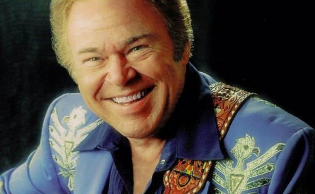 CJ COUNTRY REMEMBERS ROY CLARK